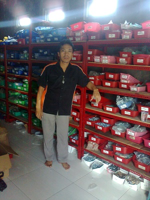peluang usaha toko mur baut motor grosir distributor