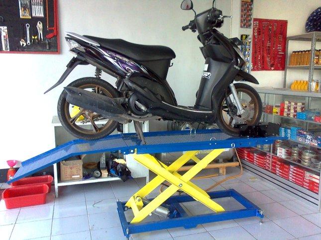 bikelift hidrolik sepeda motor
